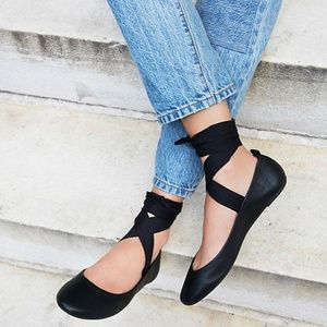 Free People Degas Ballet Leather Round Toe Flats